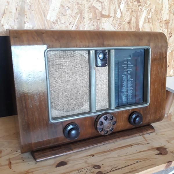 Radio Des Années 60 Pour Décoration