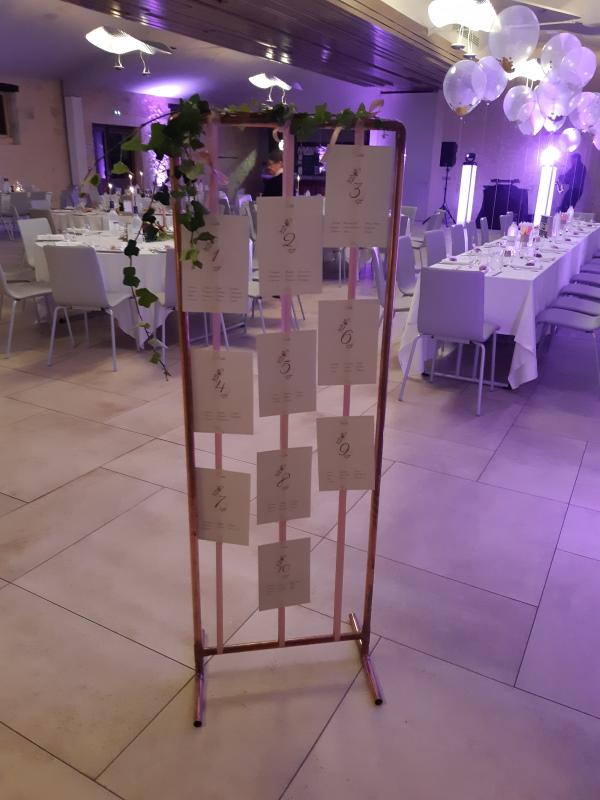 Arche cuivre en plan de table