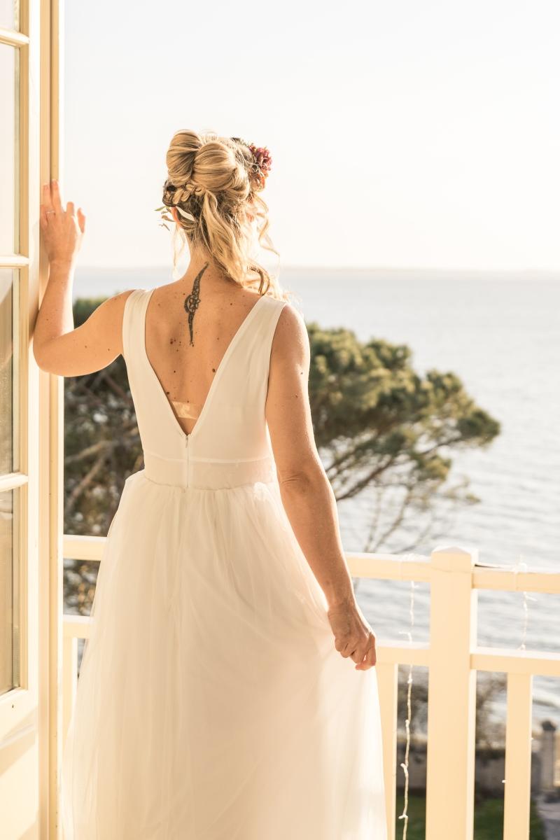 Mariée de dos en robe Tessa Delpech