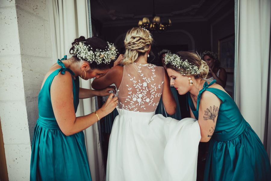 Préparation de la mariée au Château Mader