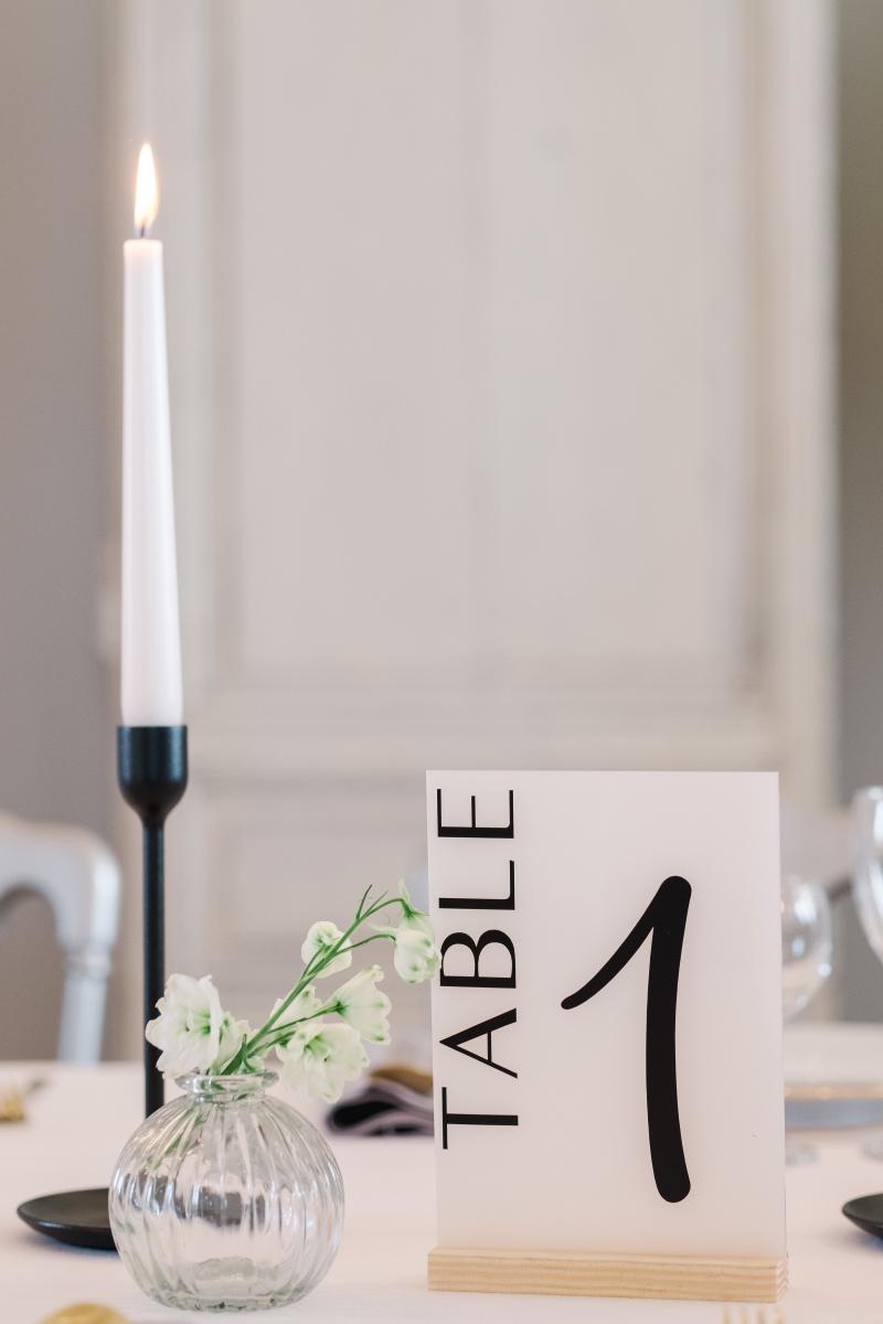 Nom de table en plexi personnalisé